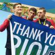 Michael Phelps et ses co-équipiers Nathan Adrian, Ryan Murphy et Cody Miller remportent une médaille d'or lors de l'épreuve de natation relais 4X100 aux Jeux Olympiques (JO) de Rio 2016 à Rio de Janeiro, le 13 août 2016.