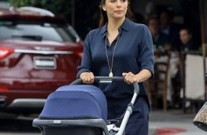 Eva Longoria, sexy en combinaison : Promenade avec son bébé Santiago