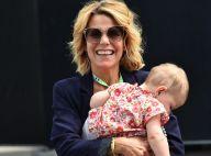 Laura Tenoudji : Bigoudis party avec sa fille de 1 an et demi, Bianca