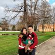 Louis Ducruet et sa fiancée Marie Chevallier, avec leur chien Pancake, au château de Nolet le 24 décembre 2018. Photo Instagram.