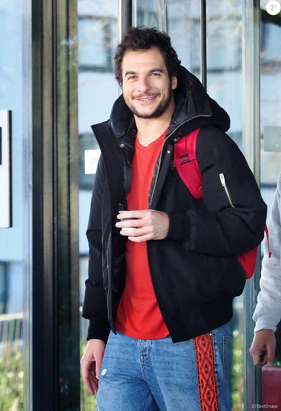 Amir Haddad - Les people quittent leur hôtel afin de participer à l'enregistrement du nouveau spectacle des Enfoirés à Bordeaux le 28 janvier 2019.