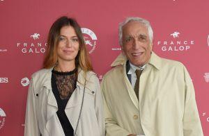 Gérard Darmon fier de sa fille Sarah, superbe jeune diplômée de 24 ans !