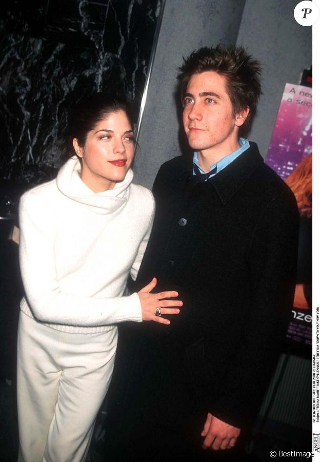 Selma Blair et Jake Gyllenhaal en 2000