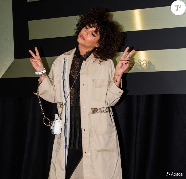 Tal - Défilé Shiatzy Chen, collection prêt-à-porter automne-hiver 2019-2020 au Palais de Tokyo. Paris, le 5 mars 2019.