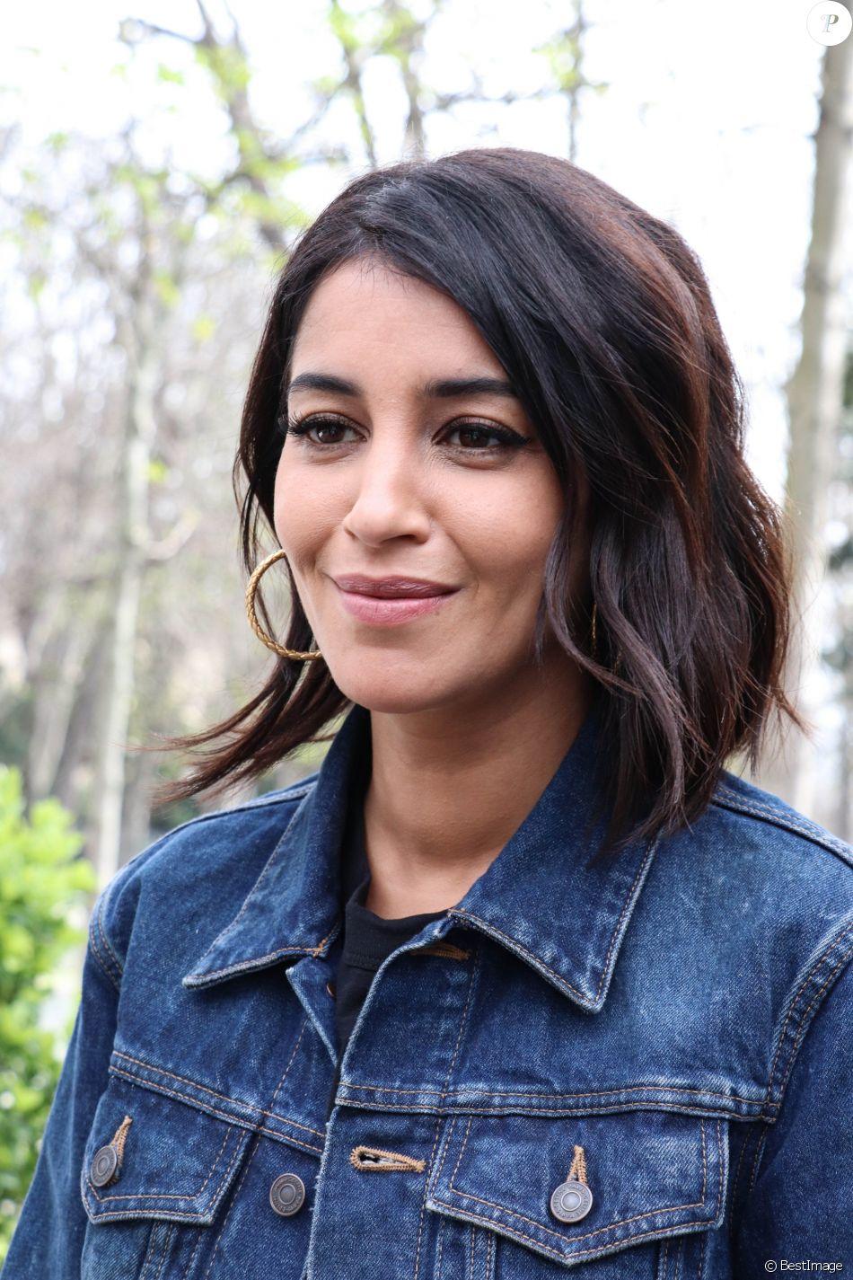 Leïla Bekhti - les invitées de M.Drucker arrivent au studio Gabriel pour l'enregistrement de l'émission Vivement Dimanche, Paris, le 18 mars 2019.