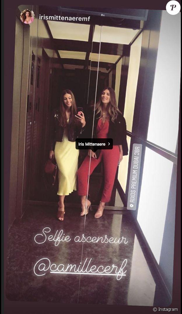 Iris Mittenaere et Camille Cerf à Dubaï. Les deux miss posent ensemble. C'est cette photo qui a été à l'origine des mots blessants de l'internaute. Février 2019.