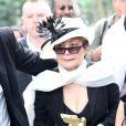 Yoko Ono a reçu un Golden Lion Award récompensant l'ensemble de son oeuvre à la 53e Biennale de Venise