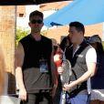 Jeff Leatham et Colton Haynes participent au tournoi du Desert Smash celebrity 2018 à La Quinta en Californie, le 6 mars 2018