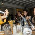 """Exclusif - Illustration lors de la soirée """"Kill The Duckface"""" pour le lancement en avant-première de Panza Paille dans la salle de réception La Cartonnerie à Paris, France, le 2 avril 2019. Panzani Food Service lance Panza Paille sur le marché de la restauration hors-foyer. Panza Paille est composée de blé et d'eau. Elle est donc entièrement biodégradable et compostable. """"En plus d'offrir un sirotage 100% naturel aux convives, elle s'affiche comme l'une des alternatives aux pailles en plastique les plus séduisantes en terme de prix, indique Panzani. Les pailles de 250 mm de long et de 7,4 mm de diamètre seront conditionnées dans des sachets de 60 pailles vendus 2,15 € HT, soit 0,036 € la paille."""" © Pierre Perusseau/Bestimage"""