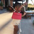 Kylie Jenner, Travis Scott et leur fille Stormi sont en vacances. Avril 2019.