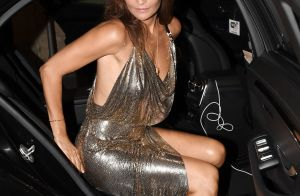 Helena Christensen, 50 ans, ultra sexy en body transparent
