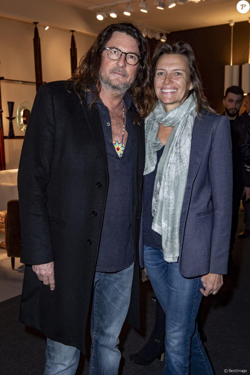 46384ae4383 Exclusif - Jacques Antoine Granjon et sa femme lors du salon PAD (Paris Art  Design) à Paris le 3 avril 2019. © Julio Piatti   Bestimage