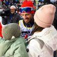 Le prince Carl Philip de Suède accueilli par sa femme la princesse Sofia et son fils cadet le prince Gabriel à l'arrivée de la course Vasaloppet, mars 2019. Photo parue sur le compte Instagram du couple princier.
