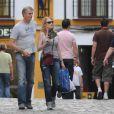 Marg Helgenberger à Cordoue en Espagne il y a quelques jours, en compagnie d'un nouvel homme !