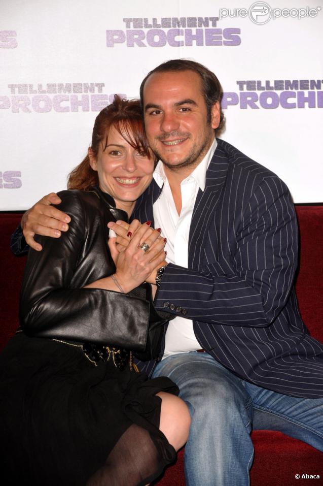 Audrey Dana et François-Xavier Demaison pour la promotion au Grand Rex à Paris du film Tellement Proches le 14 juin 2009