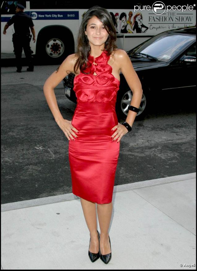 Emmanuelle Chriqui, aux CFDA Fashion Awards, qui se sont tenus au Alice Tully Hall de New York, le 15 juin 2009 !