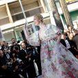 """Elle Fanning - Montée des marches du film """"Les Misérables"""" lors du 72ème Festival International du Film de Cannes. Le 15 mai 2019 © Jacovides-Moreau / Bestimage"""