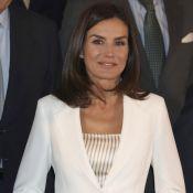 """Letizia d'Espagne : Remarquable en tailleur blanc, son look """"historique"""""""