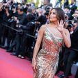 """Eva Longoria (bijoux de Grisogono - robe  Cristina Ottaviano ) pour la montée des marches du film """"Rocketman"""" lors du 72e Festival International du Film de Cannes. Le 16 mai 2019 © Borde / Bestimage"""
