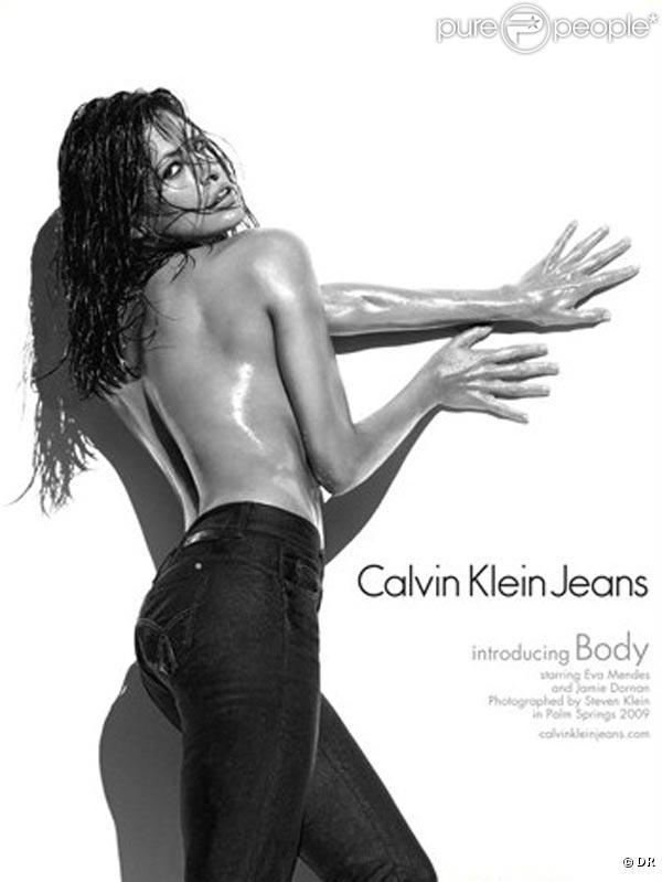 Eva Mendes pour la nouvelle campagne pour les sous-vêtements Calvin Klein !