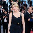 """Valeria Bruni Tedeschi - Montée des marches du film """"Hors Normes"""" pour la clôture du 72ème Festival International du Film de Cannes. Le 25 mai 2019 © Borde / Bestimage"""