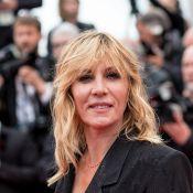 Mathilde Seigner dit tout : Les liftings, son compagnon, sa soeur Emmanuelle...