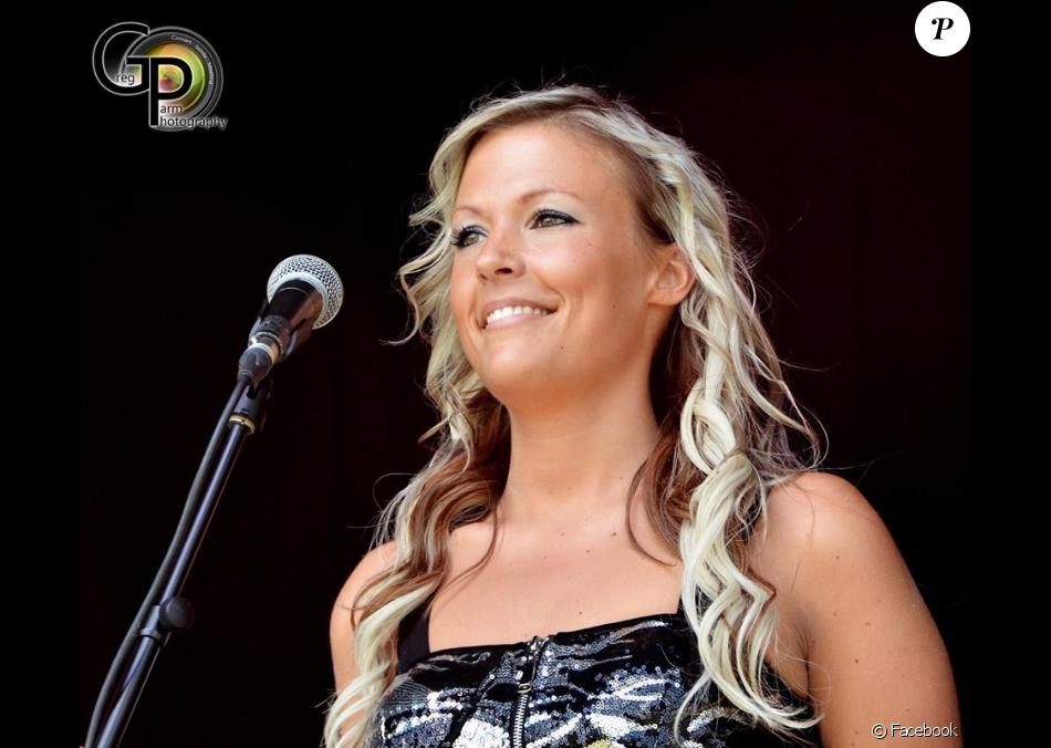 """Céline Lechanteur, ex-candidate de """"The Voice"""" en Belgique."""