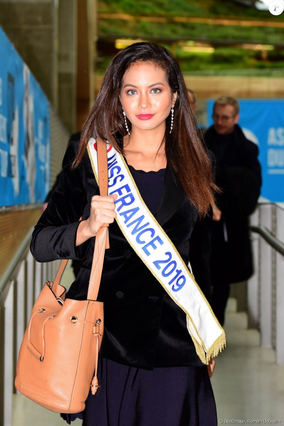 Vaimalama Chaves, miss France 2019 lors des assises du harcèlement scolaire à Lyon le 15 mars 2019. © Romain Doucelin / Bestimage