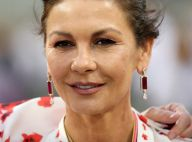 Catherine Zeta-Jones, rongée par la bipolarité : enfin un traitement efficace !