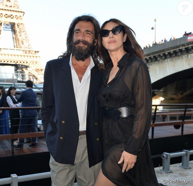 Monica Bellucci et son compagnon Nicolas Lefebvre lors du gala de la fondation Maud Fontenoy à Paris le 6 juin 2019.