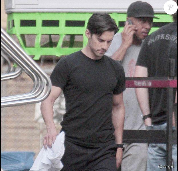 Zachary Quinto sur le tournage de Heroes, juin 2009