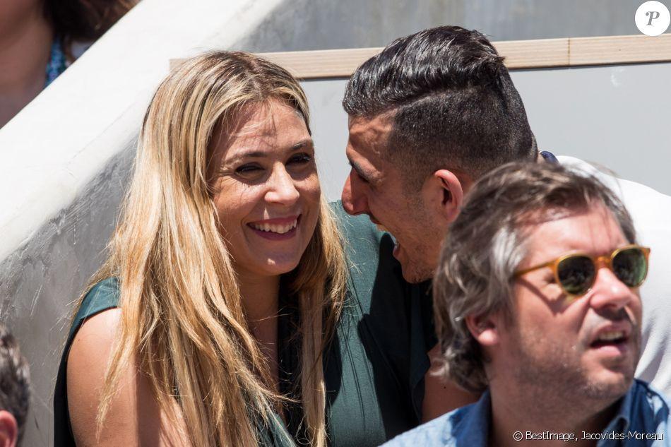 Marion Bartoli et son nouveau compagnon, le joueur de football belge Yahya Boumediene, dans les tribunes lors des internationaux de tennis de Roland-Garros à Paris, France, le 2 juin 2019. © Jacovides-Moreau/Bestimage