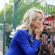 Laeticia Hallyday - Laeticia Hallyday et ses filles Jade et Joy inaugurent une esplanade portant le nom de Johnny Hallyday située en face du Zénith de Toulouse, le 15 juin 2019, date hautement symbolique puisque le rockeur aurait eu 76 ans. © Dominique Jacovides/Bestimage