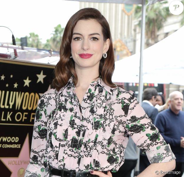 Anne Hathaway - Anne Hathaway reçoit son étoile sur le Walk Of Fame dans le quartier de Hollywood à Los Angeles, le 9 mai 2019