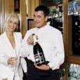 Jean-Marie Bigard et sa femme Claudia sont les heureux parents d'un petit Sacha : champagne !