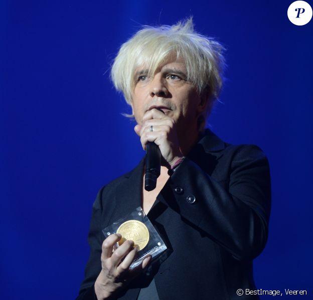 Nicola Sirkis - Indochine (Grand Prix de la chanson française) - Grand Prix Sacem 2018 à la salle Pleyel à Paris présenté par V. Dedienne, le 10 décembre 2018. © Veeren/Bestimage