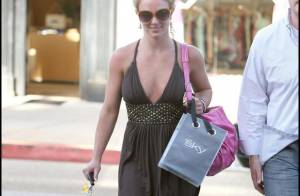 Une Britney Spears souriante et décontractée, recharge ses batteries à L.A.... avant de venir enflammer Paris !