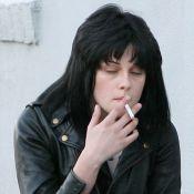 La craquante Kristen Stewart s'est remise de sa chute... mais devrait arrêter son vice !