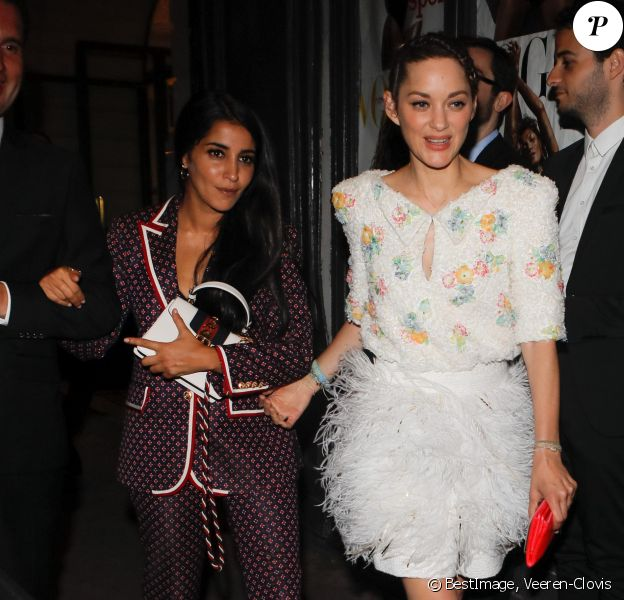 Leila Bekhti et Marion Cotillard quittent le gala de la Vogue Paris Foundation au Trianon. Paris, France, le 2 juillet 2019. © Veeren-Clovis/Bestimage