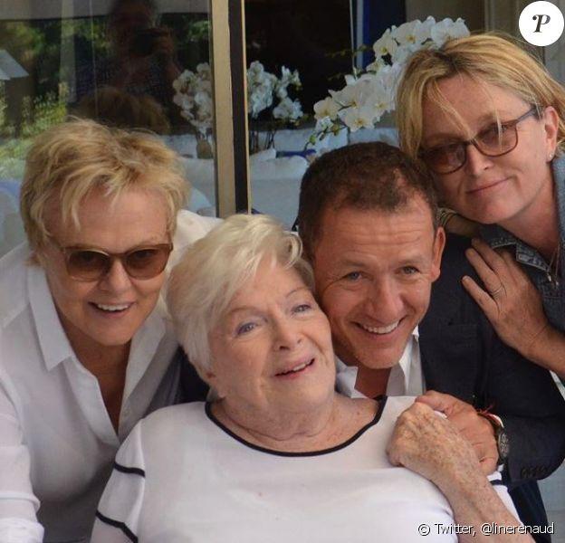 Line Renaud est rentrée chez elle pour ses 91 ans le 2 juillet 2019. Muriel Robin, Dany Boon et Claude Chirac l'attendaient chez elle.