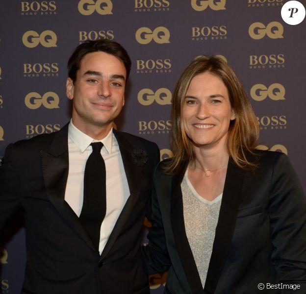 """Julian Bugier et sa femme Claire Fournier lors de la soirée """"L'homme de l'année GQ 2014"""" au Musée d'Orsay, à Paris le 19 novembre 2014."""
