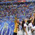 Joie Megan Rapinoe (USA) et victoire équipe (USA) avec trophée et sur le podium - Finale de la coupe du monde féminine de football, USA vs Pays Bas à Lyon le 7 juillet 2019. Les Etats-Unis ont remporté la finale sur le score de 2 à 0. © Gwendoline Le Goff/Panoramic/Bestimage