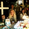 Exclusif - Laeticia Hallyday et ses proches lors de la deuxième veillée pour le premier anniversaire de la mort de Johnny Hallyday au cimetière marin de Lorient à Saint-Barthélemy le 6 décembre 2018. © Dominique Jacovides / Bestimage