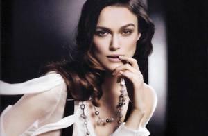 Keira Knightley somptueuse et sensuelle, vous donne une leçon de glamour façon... Chanel !