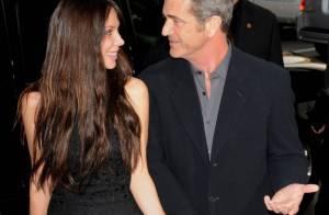 Mel Gibson : sa girlfriend Oksana Grigorieva, enceinte, attend...