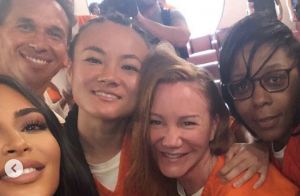 Kim Kardashian : En prison, séance selfies avec des détenus !
