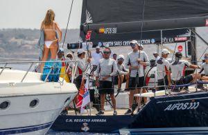 Felipe VI d'Espagne : Qui est la jolie blonde qu'il a accostée en mer ?