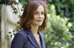 Isabelle Huppert : La dame de fer prend du galon, en présence de sa famille et de ses amis !