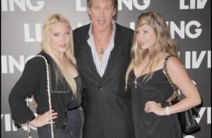 David Hasselhoff : Lorsqu'il sort c'est... jamais sans ses chaperons, ses filles !