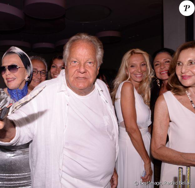Exclusif - Massimo Gargia, Sylvie Elias et guest lors de l'anniversaire de Massimo Gargia (79 ans) à l'hôtel de Paris Saint-Tropez, Côte d'Azur, France, le 20 août 2019. © Rachid Bellak/Bestimage